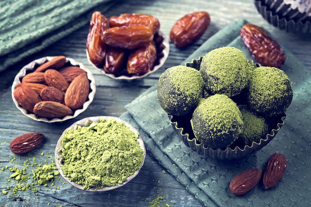 Ketogene Diät - Fettreiche Lebensmittel ollten ganz oben auf dem Einkaufszettel des Ernährungsplans stehen