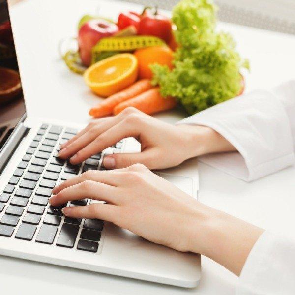 Ernährungs-App zur Online Ernährungsberatung mit der Software von Natty Gains - Ernährungspläne zum Abnehmen, Muskelaufbau, Clean Eating, Performance steigern-7